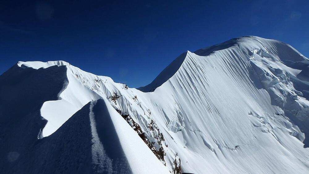 Arista cimera del Nevado Ancohuma